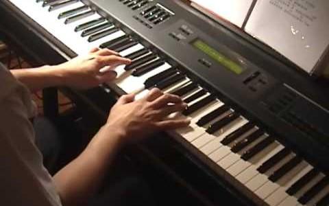 Xiao Hong Ren 萧闳仁 – 原来你就在我身边 Piano Vocal